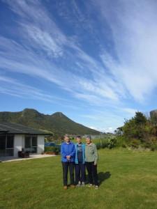 Steph, Tanya, Annette, sky